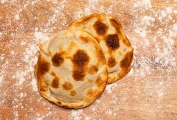 Empanada Doble de Carne Cortada Cuchillo