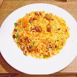 Chow Fan Picante con Carne