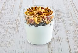 Yogurt & Granola