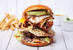 Hamburguesa de Carne, Pollo & Chori