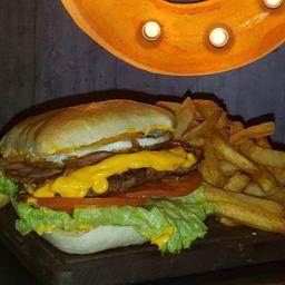 Burger Completa & Fritas