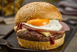 BBQ Burger + Papas Fritas