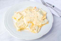 Raviolones de Calabaza, Almendras y Queso Brie