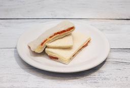 Sándwich de Miga de Queso & Tomate