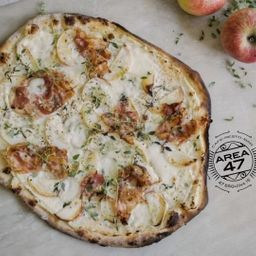 Pizza Panceta & Cebolla