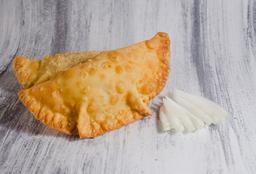Empanada Soufflé de Cebolla y Queso