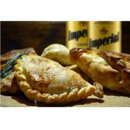 1/2 Docena Empanadas & Cerveza
