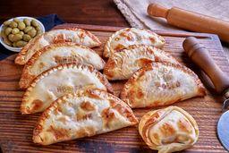 1 Docena de Empanadas y una Pizza de Muzzarerlla