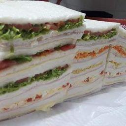 Sándwiches Triples de Zanahoria x 12