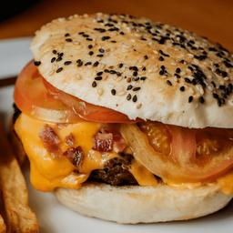 2 - Hamburguesa Cheddar & Panceta