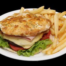 Sándwich de Hamburguesa Completo