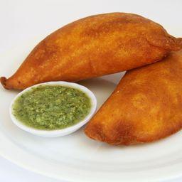 Empanada de Pollo Criolla X 1 (17cms)