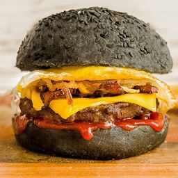 Combo Black, Be Your Colour Burger&beer