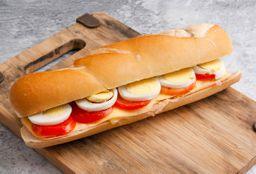 Panini de jamón, queso, tomate & huevo
