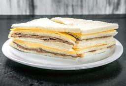 Sándwich de Ternera & Queso