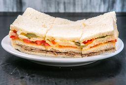 Sándwich Especial Ternera A mi Nooo
