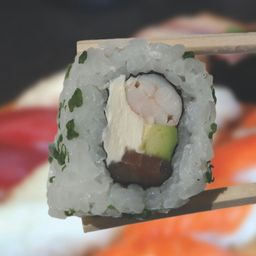 Uramaki Ko´ebi Roll X 8