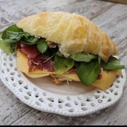 Croissant Jamon Crudo