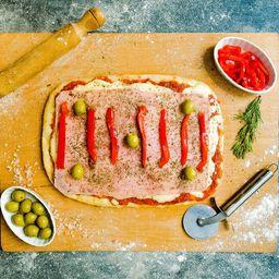 Pizza Rústica Jamón y Morrones