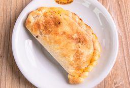 Empanada de Pollo Clásica