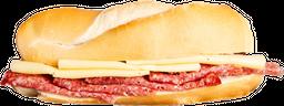 Combo Rappi - Sándwich de Salame y Queso + Bebida
