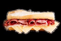 Combo Rappi - Sándwich de Jamón Crudo + Bebida