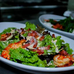 Combo Caesar Salad & Bebida