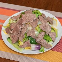 Tallarines Salteados Carne para 2