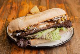 Sándwich de Lomito Gourmet + Alitas de Tofu