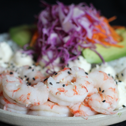 Sushi Salad de Langostinos & Bebida