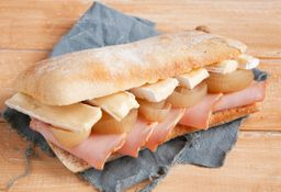 Sándwich de Lomito Cipolla