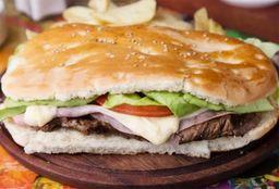 Sandwich de Lomito Completo