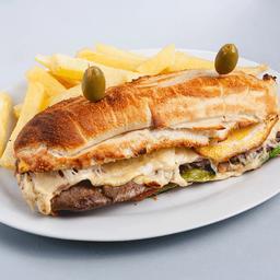 2 Sándwich de Lomito & Gaseosa 3 Lt