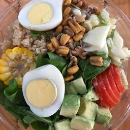 Ensalada Completa con Huevo