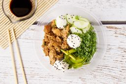 Salad Koi & Bebida