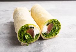 Combo Chicken Caesar Wrap & Smoke Wrap