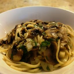 Spaghetti con Hongos