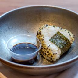 Onigiri de Palta y Tofu