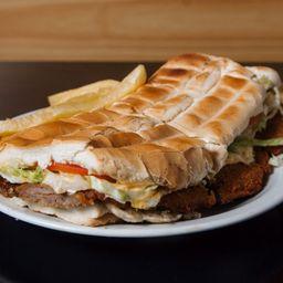 Sándwich de milanesa de ternera o pollo