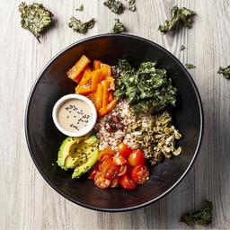 Vegan Bowl y Agua de Frutos Rojos