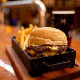 Chesse Burger Promo Bebida