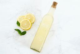 Agua de Fruta: Ananá, Pepino, Menta & Limón