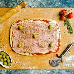 Pizza Rústica Muzarella y Jamón