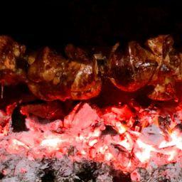 Pollo a la Brasa + Fritas + Ensalada