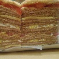 Sándwiches Triples Crudo & Queso x 12