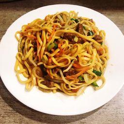Chow Mien de Carne