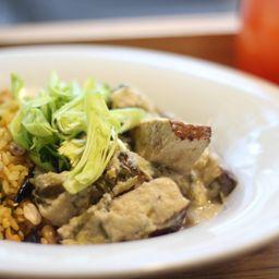 Tofu a la Plancha, Crema de Puerros y Qu