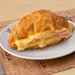 Croissant de Jamón & Queso