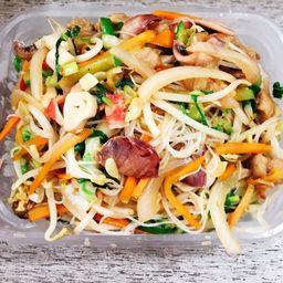 Chow Mi Fen con Mariscos
