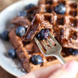 Waffle de Choco con Arándanos